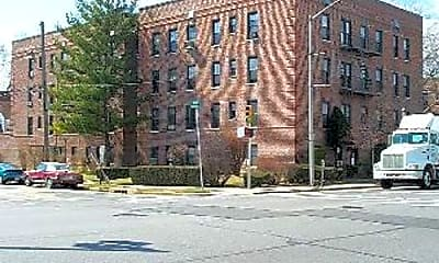 Building, 350 Merrick Rd, 0