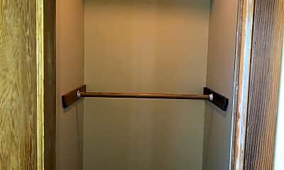 Bathroom, 333 E 15th St, 2