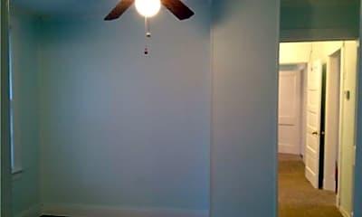 Bedroom, 1816 E Gwinnett St, 2