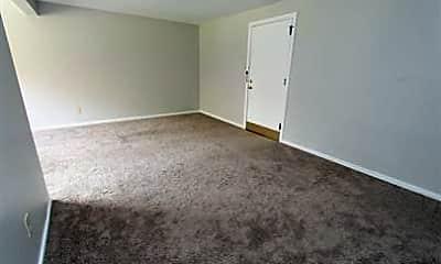Bedroom, 131 Mt Lebanon Blvd, 1