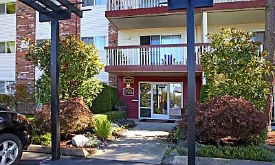 Building, Crestview West, 0