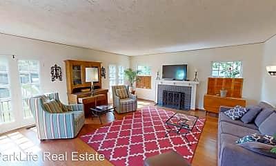 Living Room, 1008 E Ave, 0