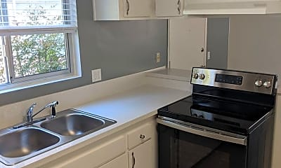 Kitchen, 892 Empire Ave, 2