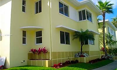 Building, 2931 Sheridan Ave, 1