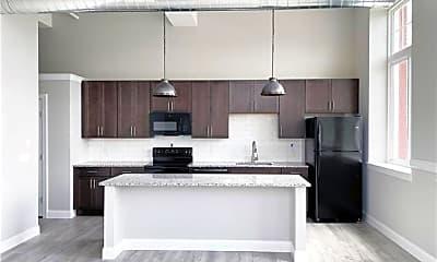 Kitchen, 216 Penn St 7, 1
