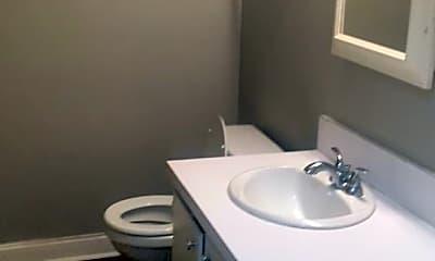 Bathroom, 222 Old Manor Rd, 2