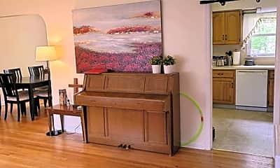 Living Room, 3 Harvey St 3, 1