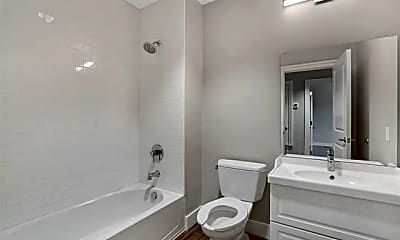 Bathroom, 1100 S Lake St 202, 2