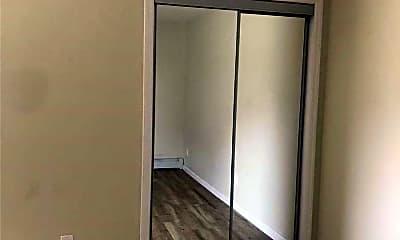 Bedroom, 167 W Broadway 6, 2