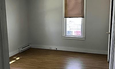 Living Room, 929 W Madison St, 2