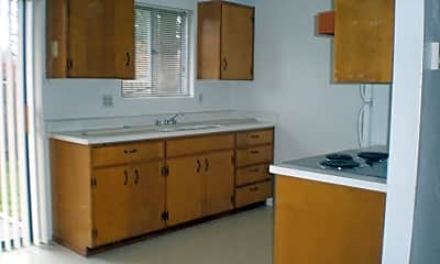 Kitchen, 1721 Gilham Rd, 1