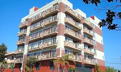 Building, 332 S Virgil Ave, 1