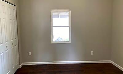 Bedroom, 401 E 8th St, 2