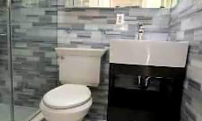 Bathroom, 420 W 51st St, 2