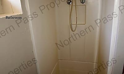 Bathroom, 1111 N Cotton St, 2