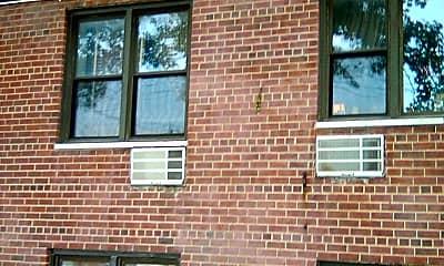 1819 Williamsbridge Rd, 2