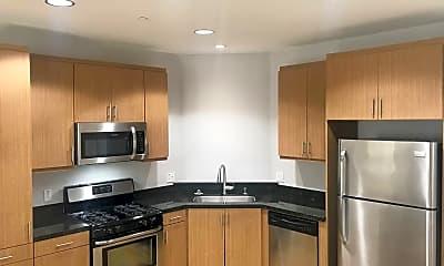 Kitchen, 1408 W Washington  Blvd, 1