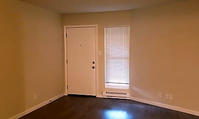 Living Room, 1535 Hess Rd, 1