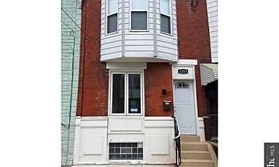 Building, 2253 Winton St, 0