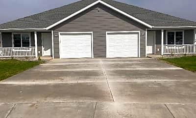 Building, 4163 Wynne Ave, 2