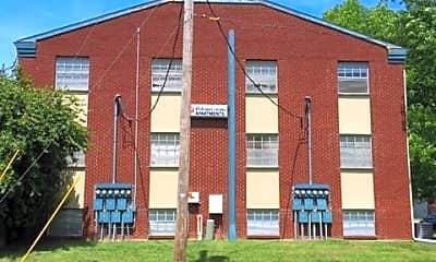 Building, 1219 N Storer Ave, 1