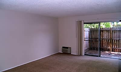 Living Room, 7491 Donohue Dr, 1