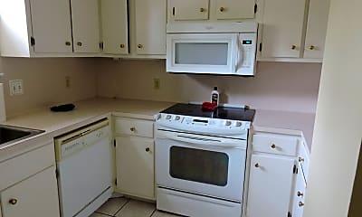 Kitchen, 1701 College Dr, 1