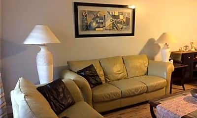 Living Room, 15393 Bellamar Cir 522, 1