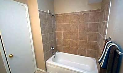 Bathroom, Stoneybrook Apartment Homes, 2
