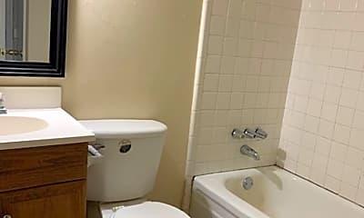 Bathroom, 1004 N Oak St, 2