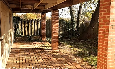 Patio / Deck, 604 15th St NW, 2
