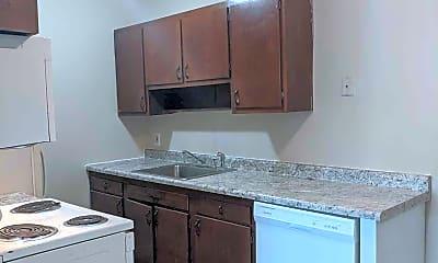 Kitchen, 1512 County Rd B E, 1