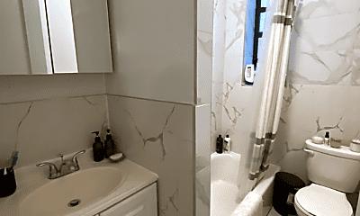 Bathroom, 1460 Carroll St, 2