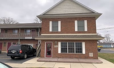 Building, 130 E Washington St, 0