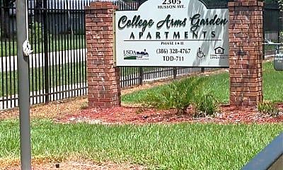 College Arms Apartments, 1