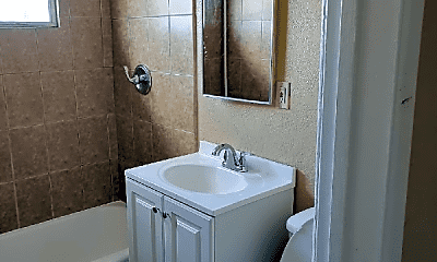 Bathroom, 1011 W 108th St, 1