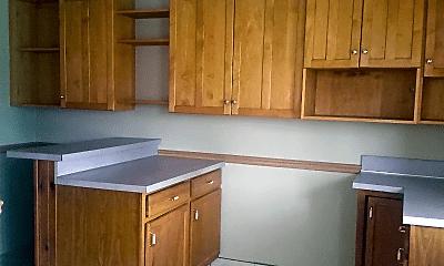 Kitchen, 314 S Sterley St, 1