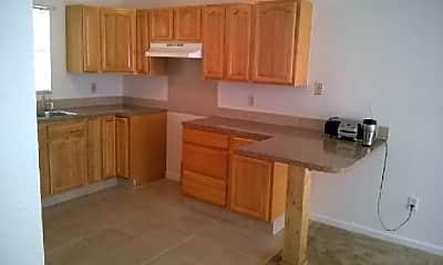 Kitchen, 710 E Floribraska Ave, 2