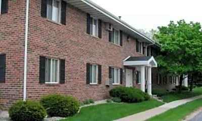 Deckner Manor Apartments, 1
