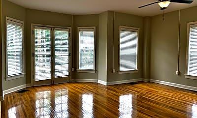 Living Room, 1001 University Ave, 1