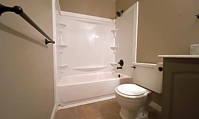 Bathroom, 10 W Perry St, 2