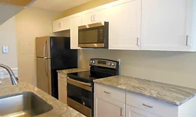 Kitchen, 810 Tiffany Dr W, 0