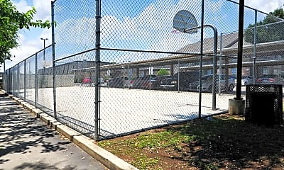 Basketball Court, Country Place Apartments, 2