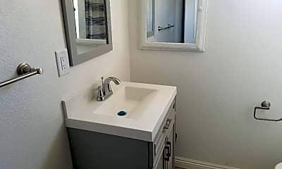 Bathroom, 1281 W 35th St, 2