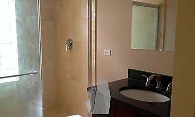 Bathroom, 3320 W Byron St, 2