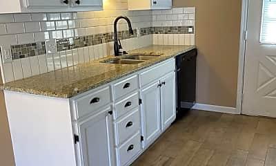 Kitchen, 25 Dallas Ln, 1