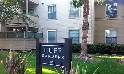 Huff Gardens, 1