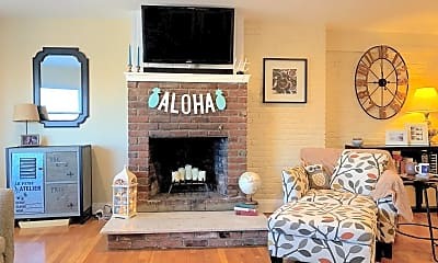 Living Room, 82 Commonwealth Avenue, 0