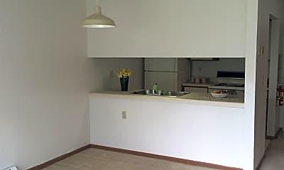 Living Room, 681 E Main St, 2