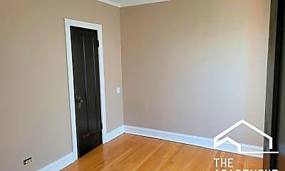 Bedroom, 6331 S California Ave, 1
